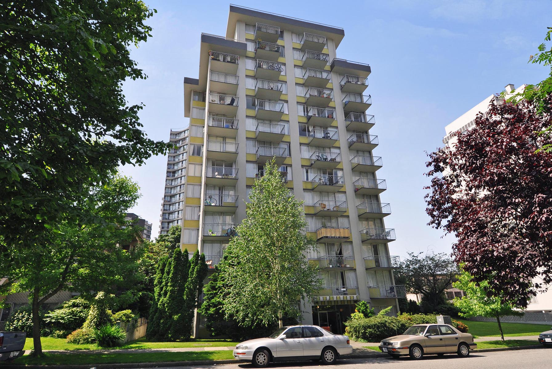 1650 Burnaby St, Vancouver, BC - $1,640