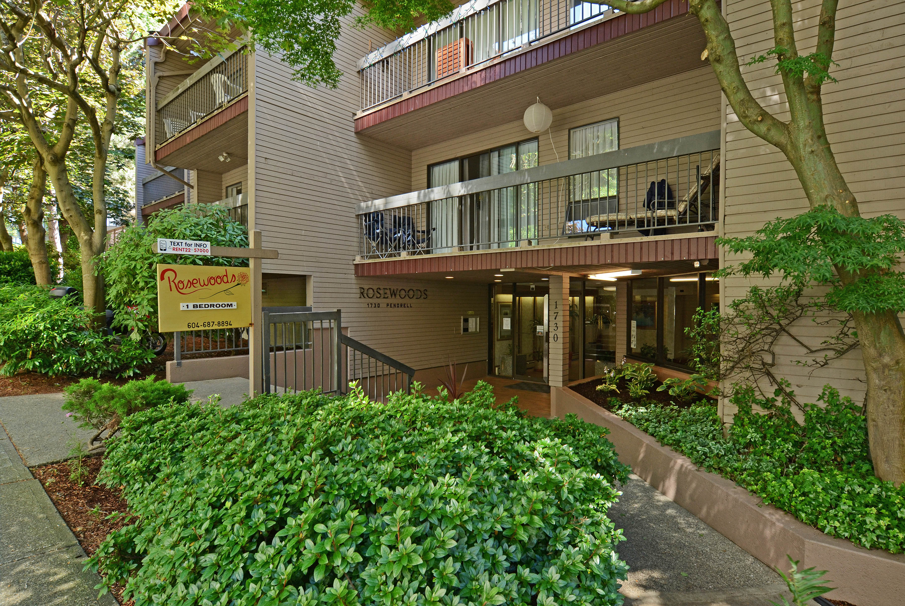 1730 Pendrell St, Vancouver, BC - $2,600