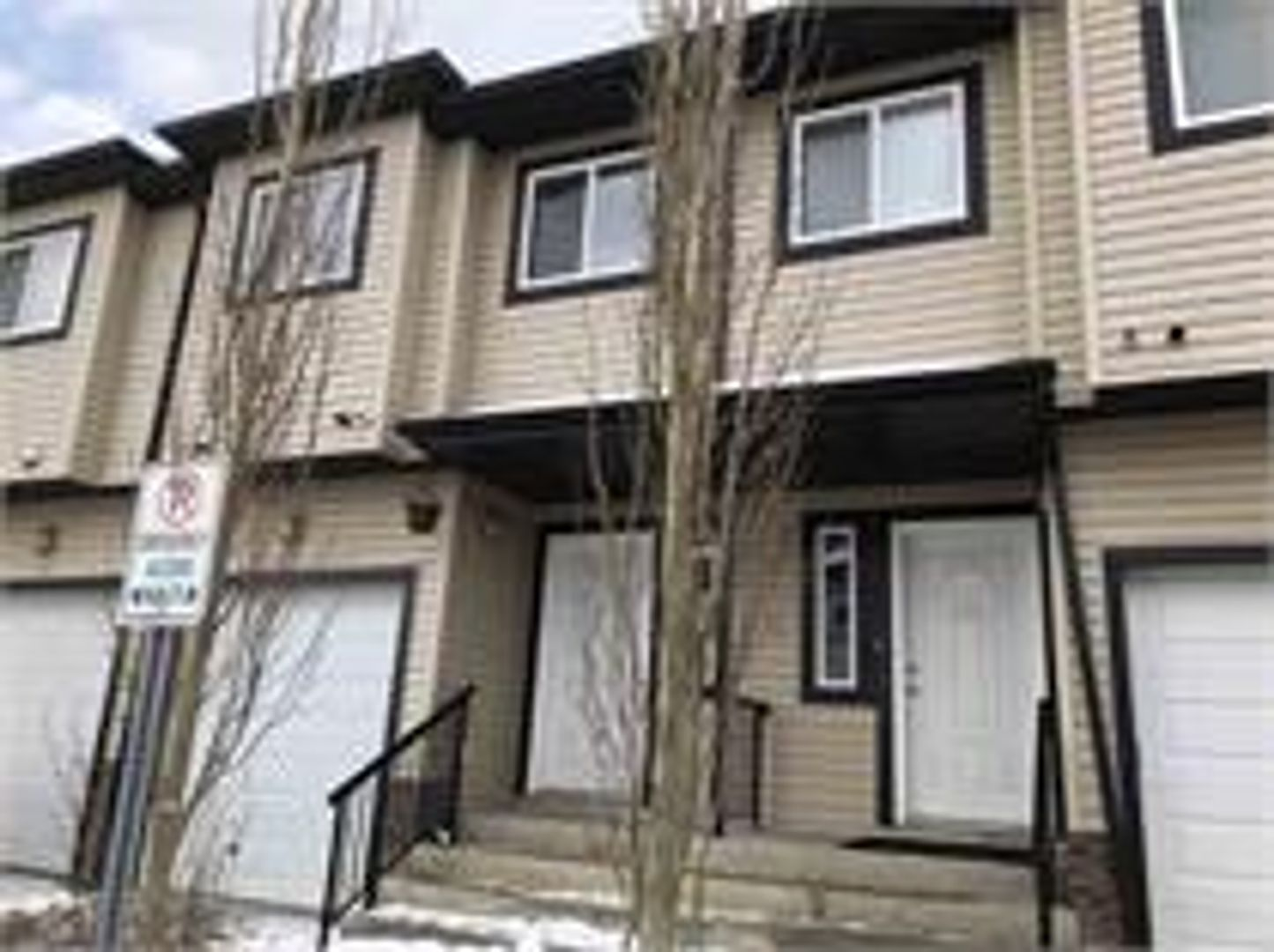 1820 34 Avenue Northwest, Edmonton, AB - $1,350 CAD/ month