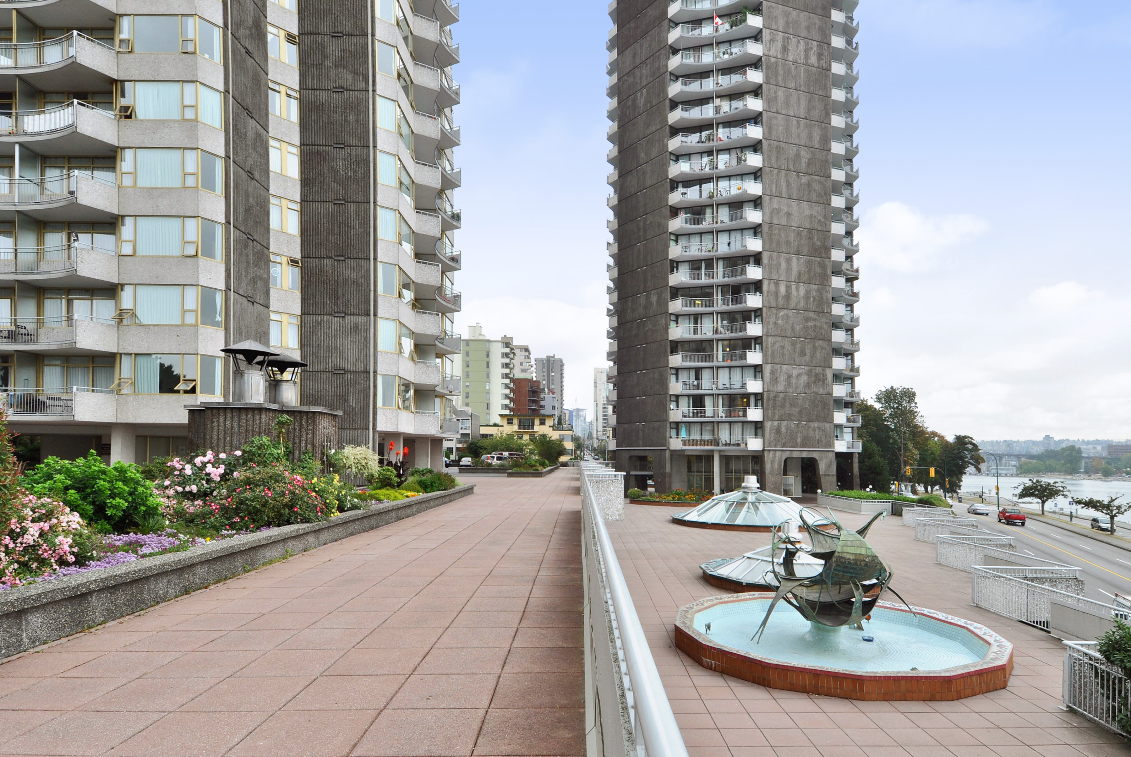1600 Beach Ave, Vancouver, BC - $2,975