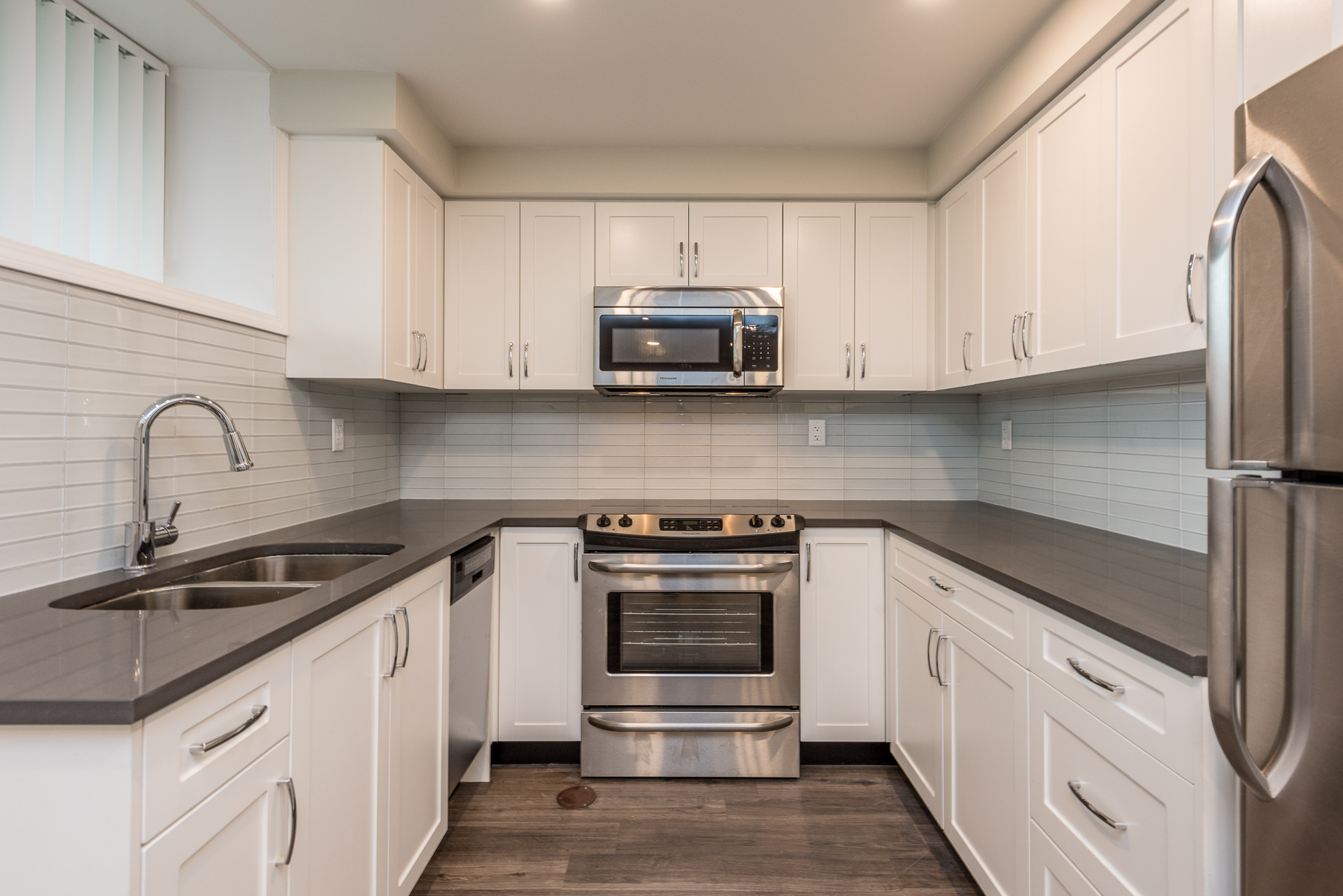 151 East Keith Road, North Vancouver, BC - 1,916 CAD/ month