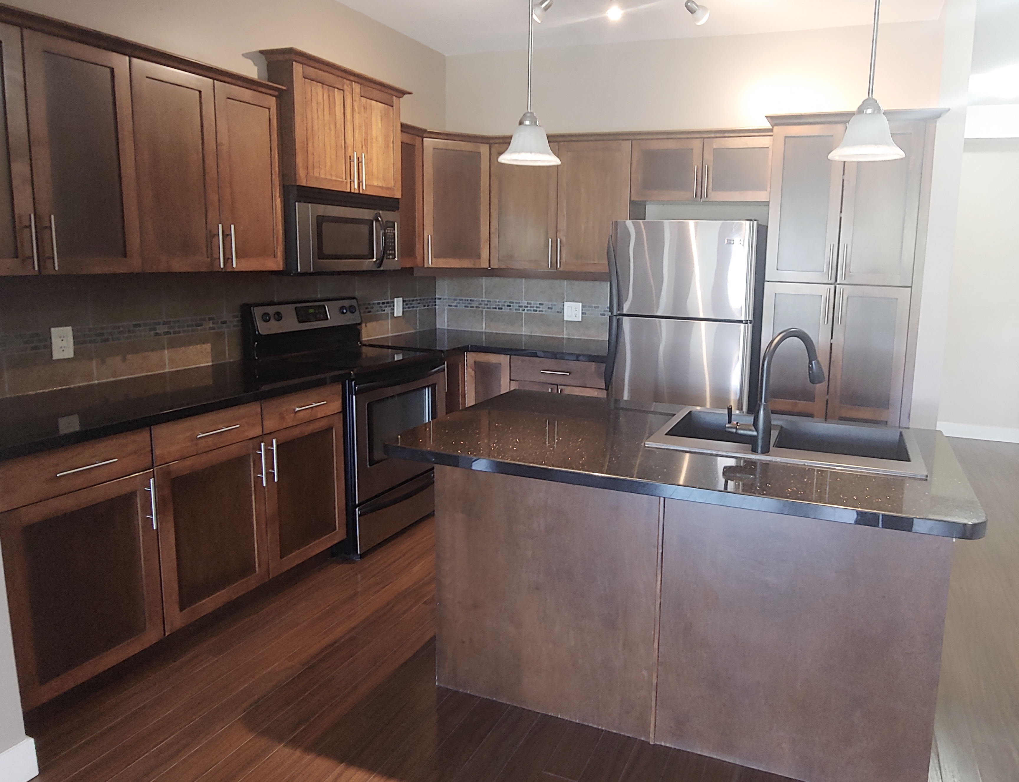 #412 - 3545 Carrington Road, West Kelowna, BC - $2,000