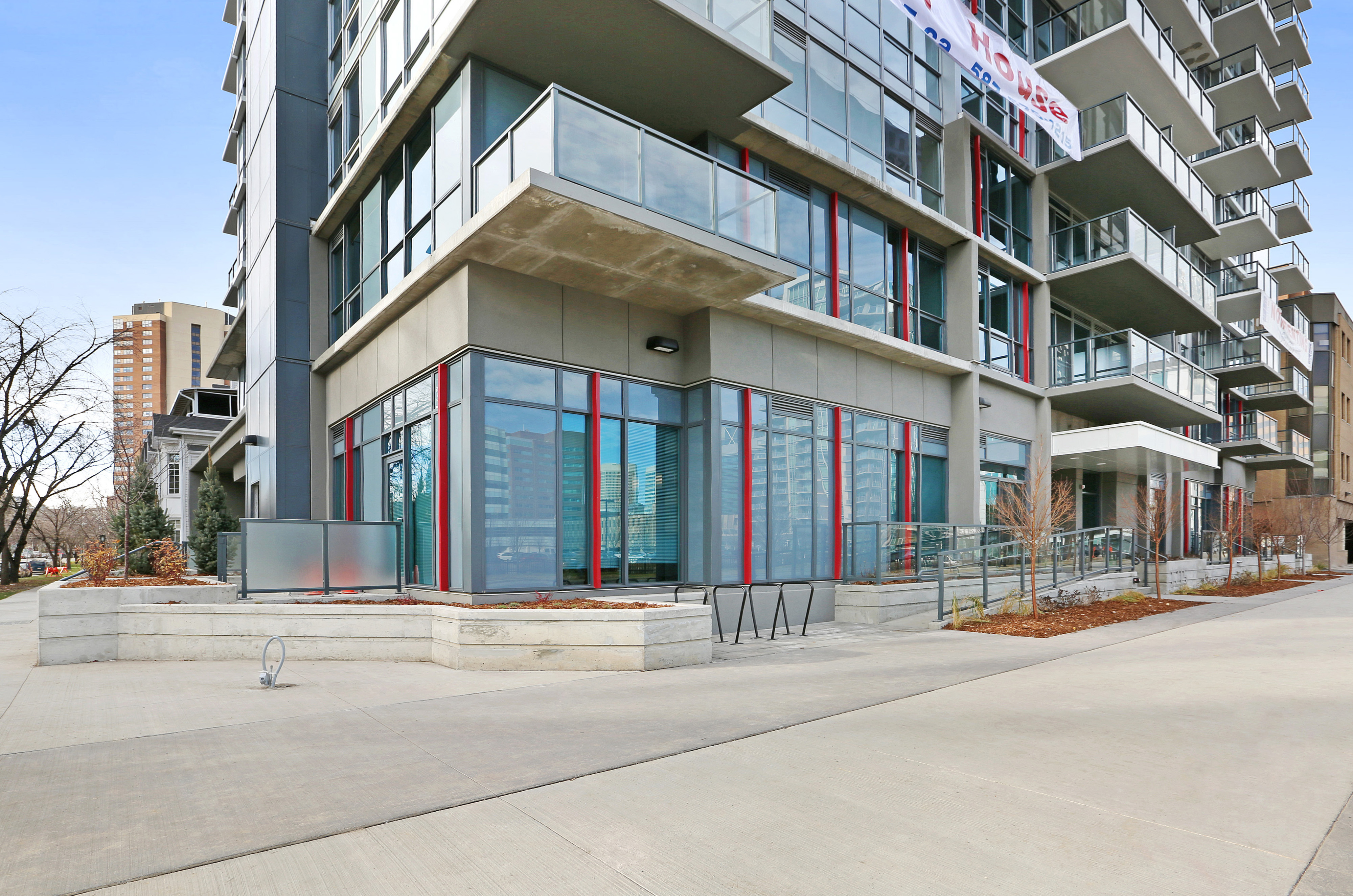 1215 5 St SW, Calgary, AB - 1,588 CAD/ month