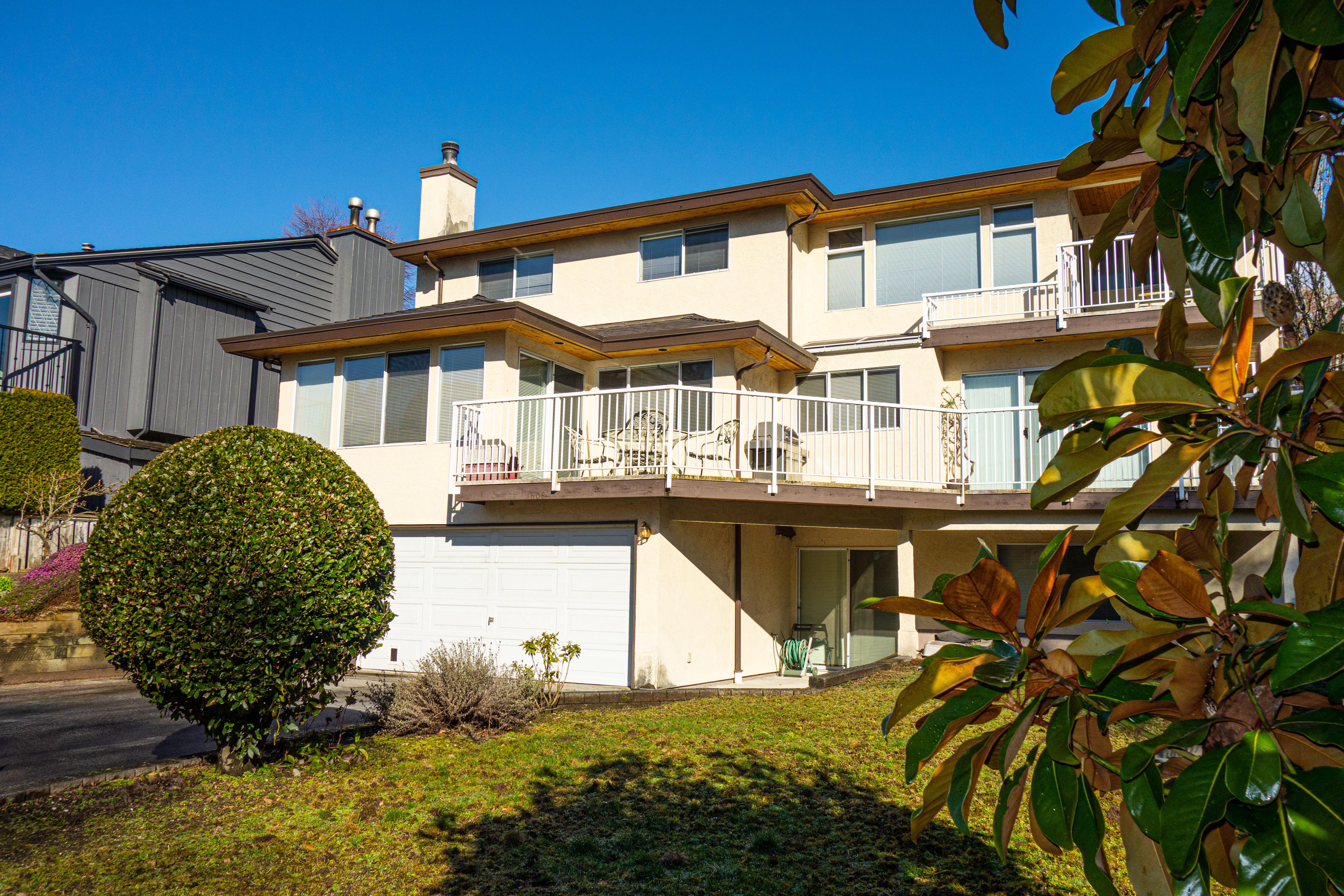 1808 Esquimalt Avenue, West Vancouver, BC - $4,850